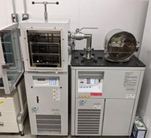 プログラム式凍結乾燥機